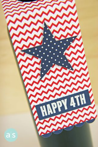 A Muse Studio 4th of July Wine Bottle Tag close up