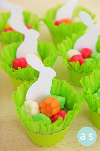 A Muse Studio cupcake wrapper candy holder vertical