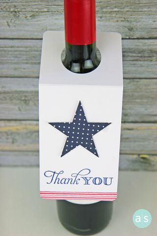 A Muse Studio Stripes and Star wine bottle gift tag