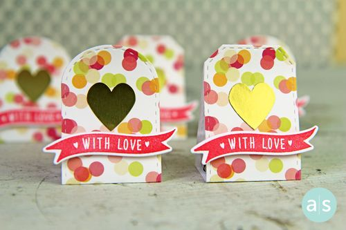 A Muse Studio J15 Candy Packages With Love and Gold Heart Sticker HZ