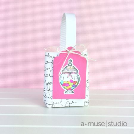 A Muse Studio mini gift bag tutorial finished bag